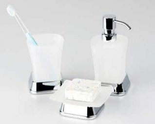 Стакан WasserKRAFT AMPER K-5428 для зубных щеток